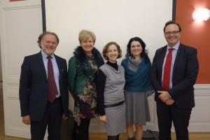 Avec M. Miriel (La Poste) et Mme Le Maire du 1er arrondissement, Mme Perrin-Gilbert